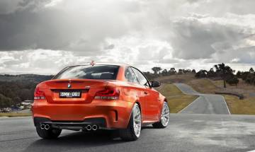 2011_BMW_1_Series_M_(E82)_coupe_(2011-08-08)_03