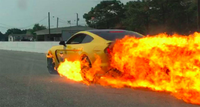 Ford Shelby GT350 is on Fire