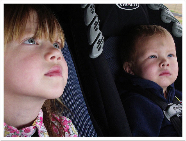 Kids Entertained During Traffic